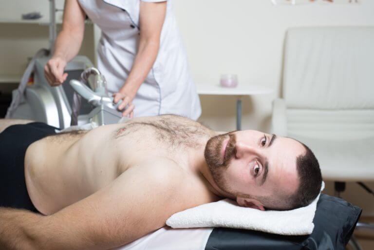 Kryolipolyse Fett weg, die Behandlung, Dana Clinic, Prag 9 Fettabsaugung ohne OP.
