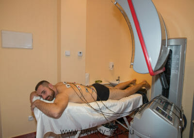 Room for painless liposuction, body firming and cellulite removal. Dana Clinic, Prague 9,
