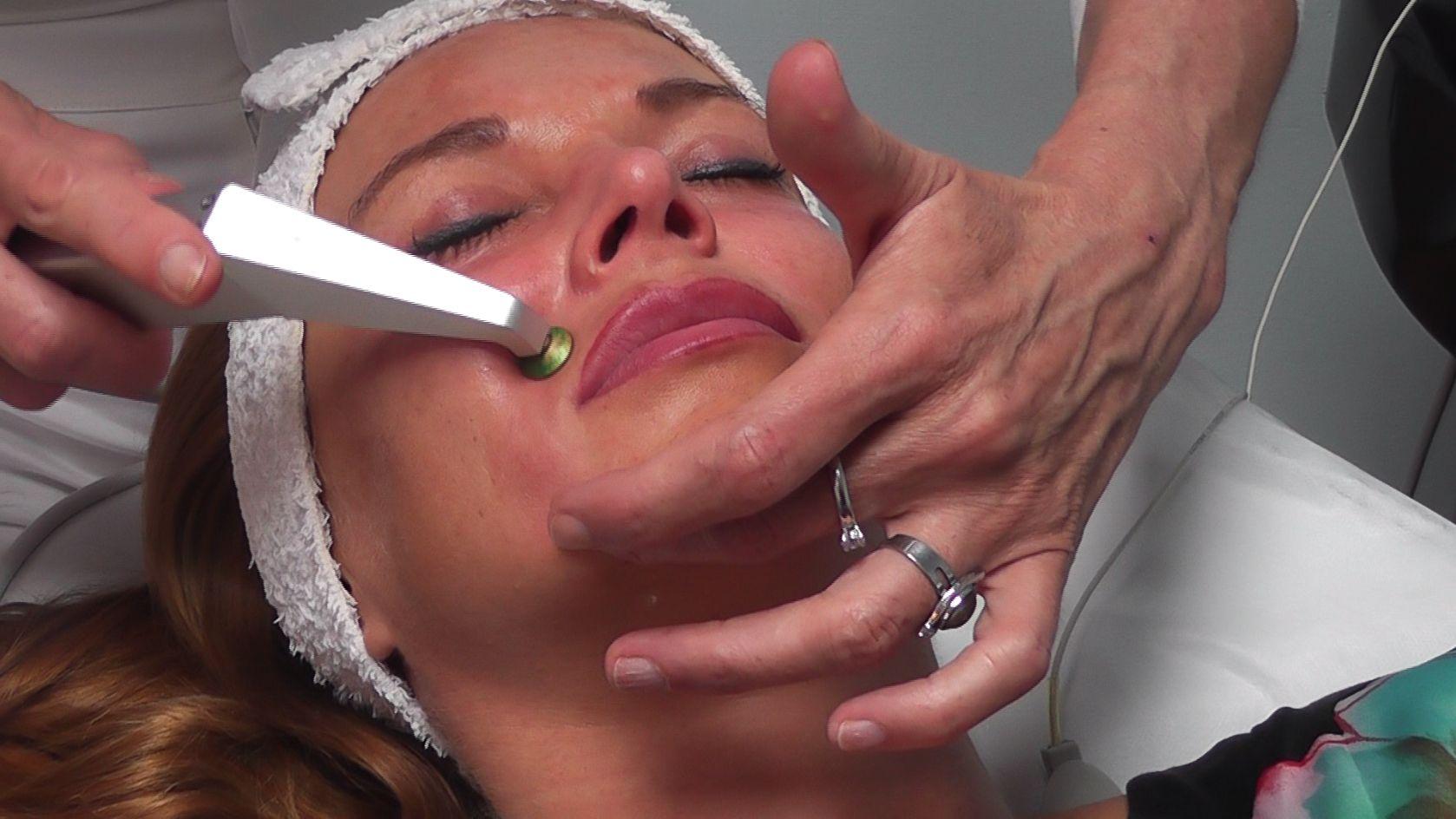Zufriedene Kundin - Sauerstoffmesotherapie Beauty Studio Dana, Prag 9