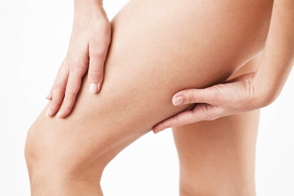 Vyzkoušejte u nás ošetření na odstranění celulitidy na nohou,Dana Clinic, Praha 9