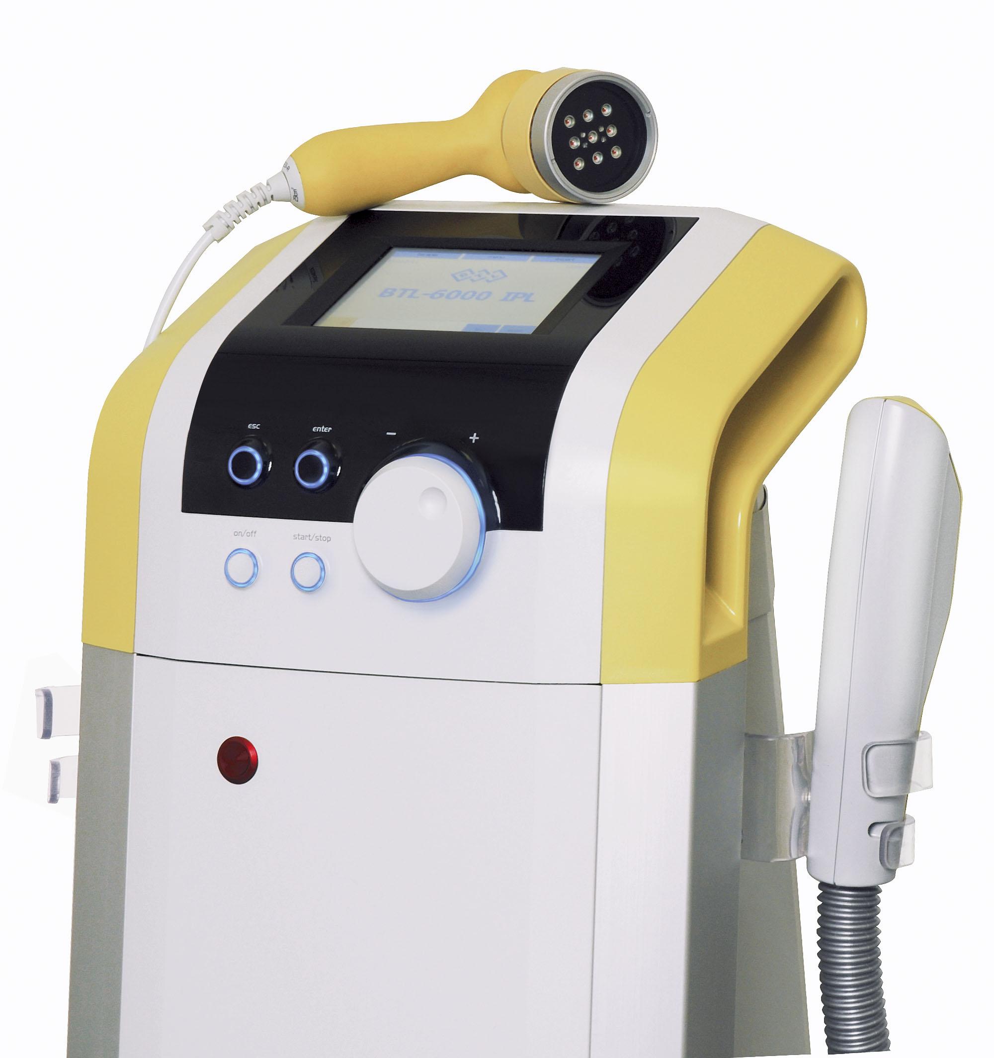 Vyzkoušejte přístroj BTL Exilite na redukci chloupků, Dana Clinic, Praha 9